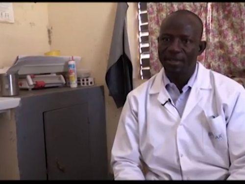 Photo for: VOX Burkina Faso: a head nurse on economic cost of malaria