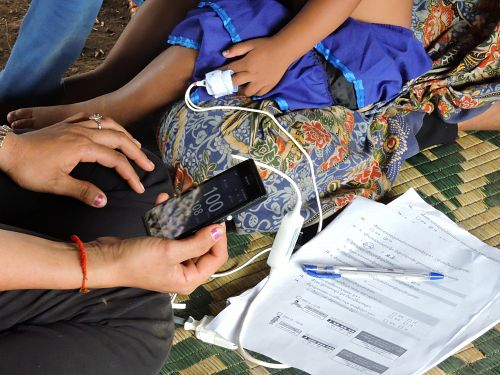 Photo for: New research shows handheld pulse oximeters are suitable tools for frontline health workers in detecting severe illness in children under five in resource-poor countries