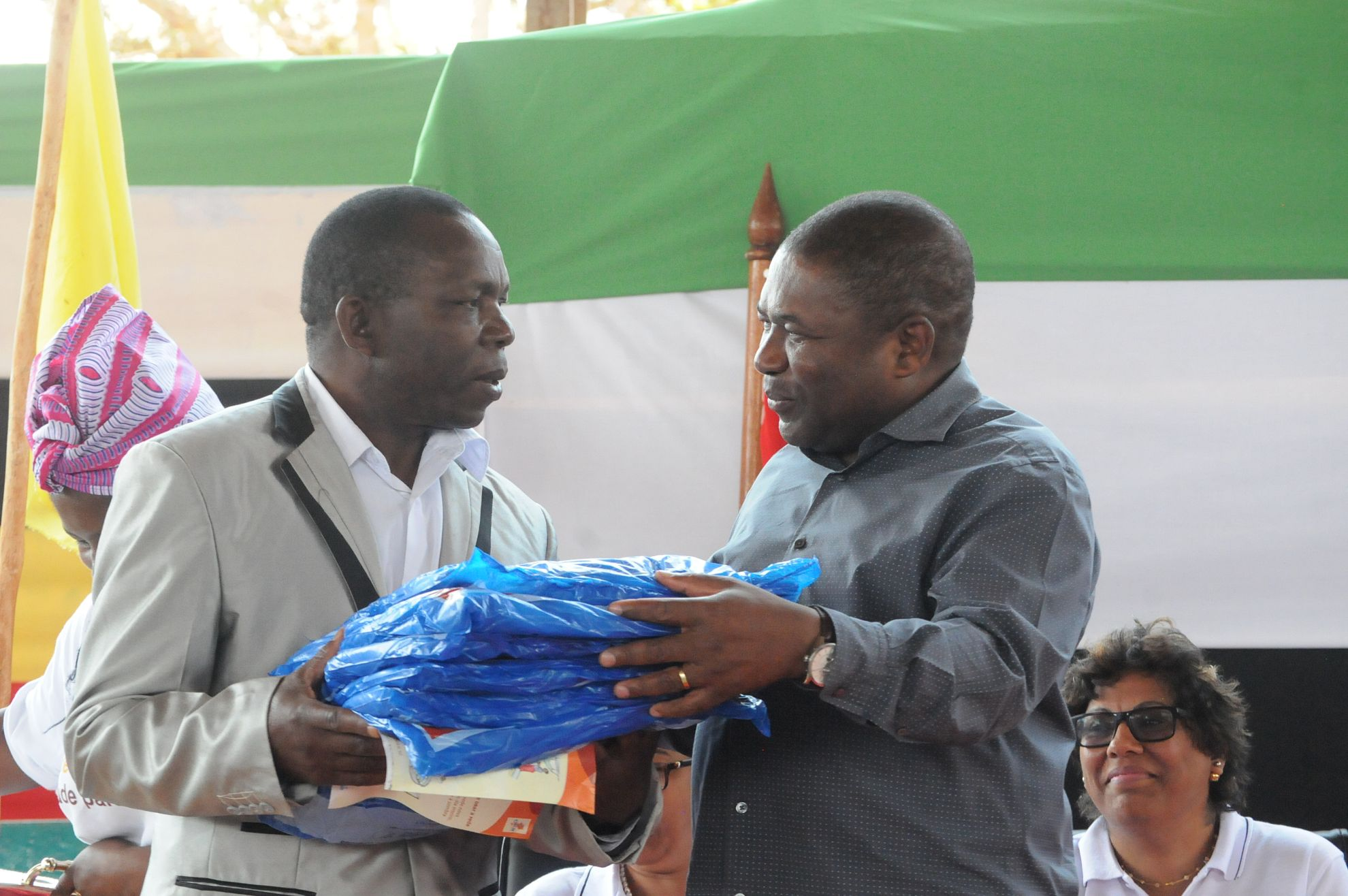 Latest News 2 8 million bed nets to be distributed across mozambique
