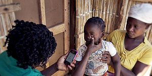 inSCALE - Malaria Consortium receives new funding for mobile health system in Mozambique