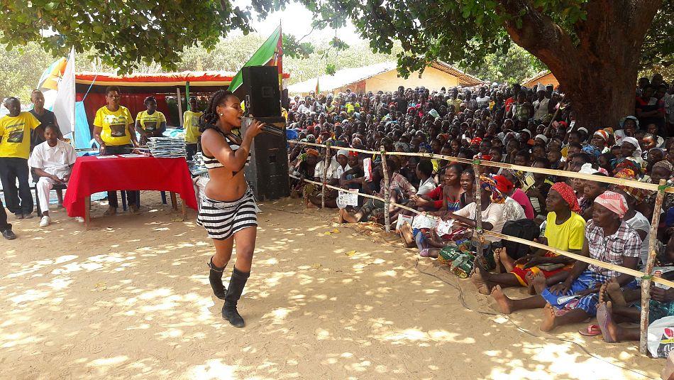 pA campanha foi lancada durante um evento com musica e danccedila com a participaccedilatildeo de artistas locaisp
