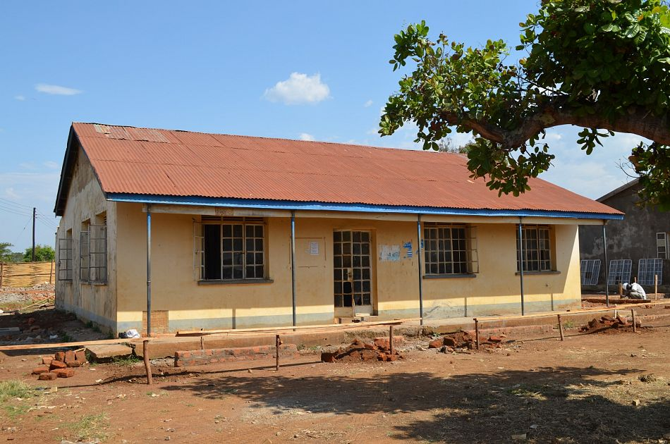 pIyolwa Health Centre III before refurbishment beganp
