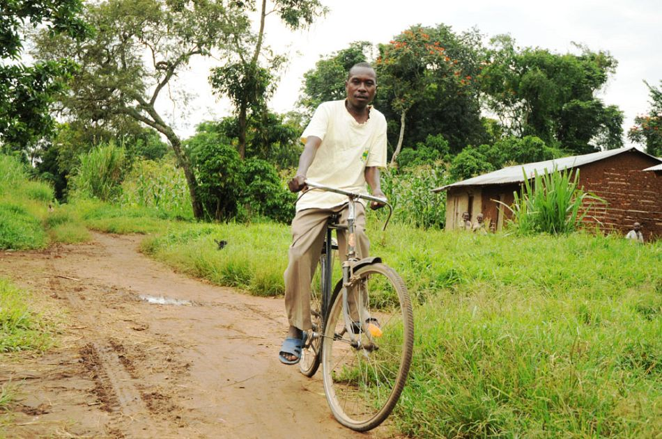 pldquoI collect the drugs on my bicycle from the nearest health centre which is 10km way Because the drugs are not always there I call them first to checkrdquop