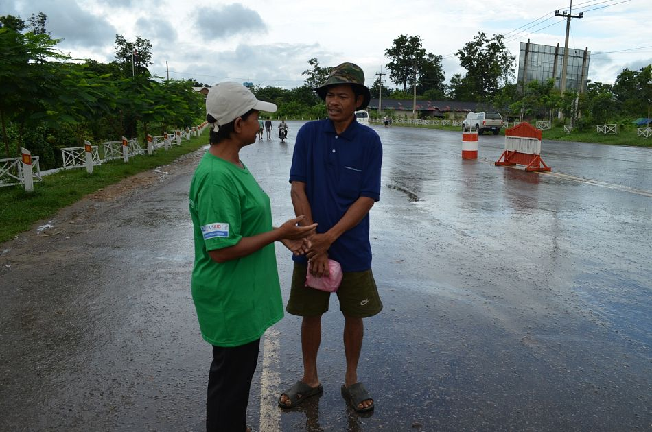 pWe also work at border checkpoints in Asiarsquos Greater Mekong Subregion in order to screen and treat bordercrossers to ensure that the drug resistant strain of malaria is contained and eliminated Here a Malaria Consortium worker asks a man if he would be willing to be tested and if he tests positive treated for malariap
