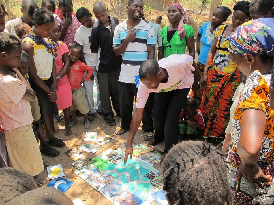 pTrained facilitators ask villagers to share their own stories of what happened the last time their child fell sick What did they do When and where did they look for advice or care And what was the outcome They can share their story by placing images on the poster then the group discusses the best route to ensure the child receives appropriate care This allows for tackling local practices such as delay in careseeking the use of traditional herbs among others Visual materials and flashcards help caregivers identify symptoms and follow the correct procedures when their children get sickp