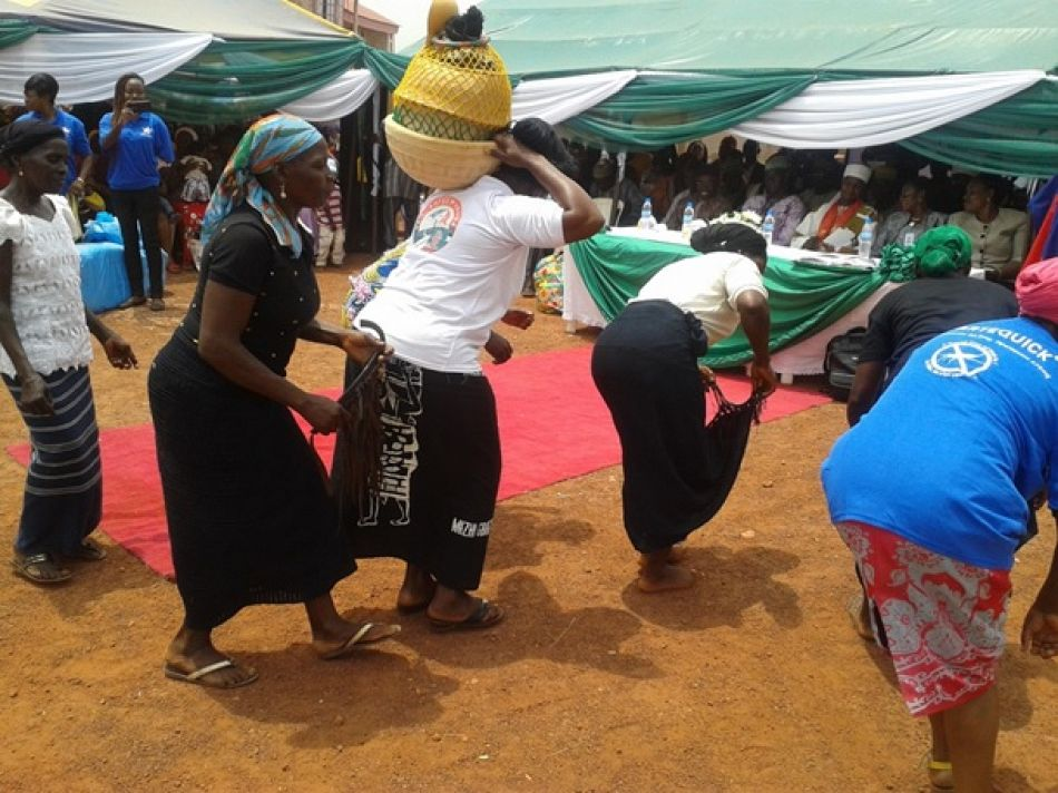 pCommunity dance before the distribution of long lasting insecticide treated nets LLINs to pregnant women during one of the side events for World Malaria Day 2015 at Jikwoi Nigerianbspp