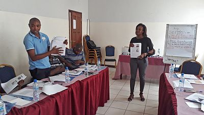 In March 2018, in Nampula city, Malaria Consortium trained a group of 12 district health staff on the community dialogue approach applied to NTDs, so that they can roll out the training in their respective districts to volunteer community members.