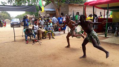 A campanha foi lancada durante um evento com musica e dança com a participação de artistas locais